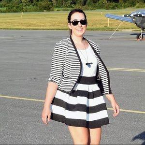 Target Black & White Striped Full Mini Skirt - L